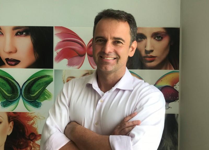 Coty contrata novo diretor de RH para o Brasil