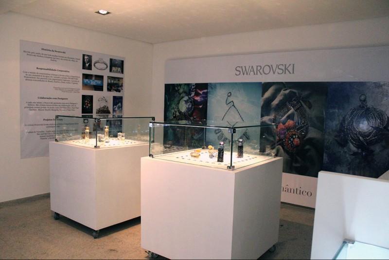 Espa�o Perfume apresenta mostra com tend�ncias de outono e inverno da Swarovski