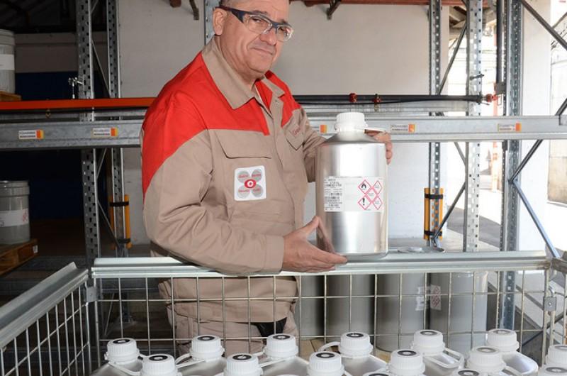 Givaudan doa 1 milhão de francos suíços a comunidades necessitadas e irá doar 700 mil frascos de santitizantes para as mãos