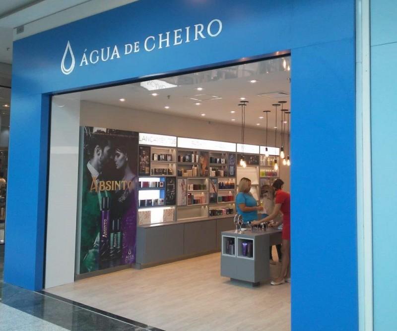 Água de Cheiro inaugura novo conceito de loja