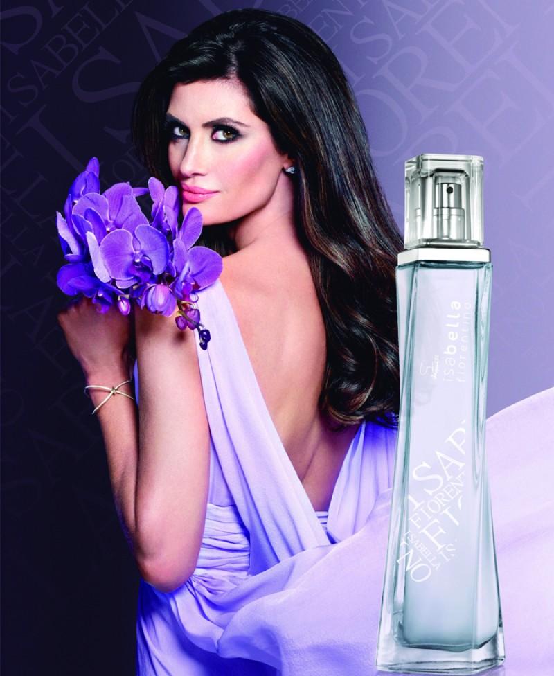 Jequiti lan�a primeira fragr�ncia da modelo e apresentadora Isabella Fiorentino