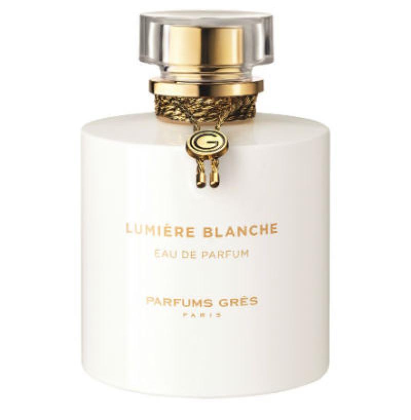 Lumier� Blanche traz o aroma Floral Branco em um contraste entre a inoc�ncia e a sensualidade