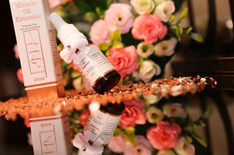 Maquiadora Talita Bariquello lança novos produtos para sua marca de cosméticos