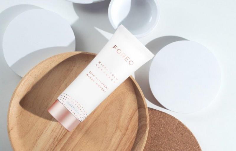 Marca sueca Foreo lança sabonete de limpeza facial no Brasil