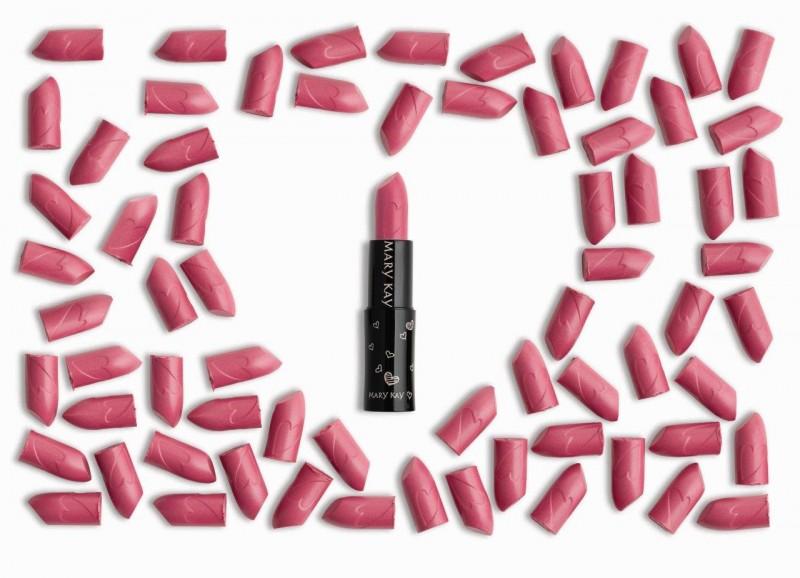 Mary Kay lança batom para Campanha Beleza que faz a Diferença 2016