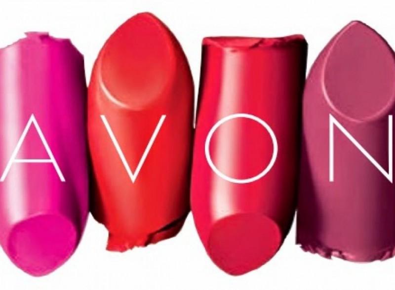 Natura confirma negociações com a Avon Products
