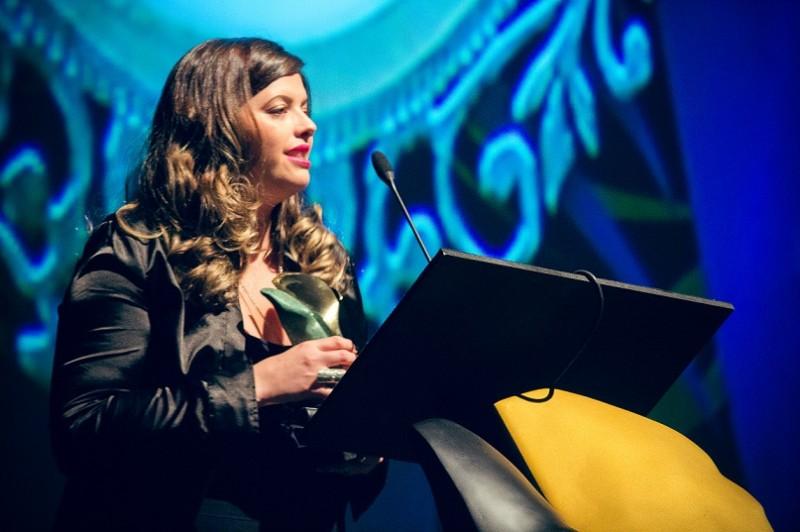 PAC 2016: Luciana Bergamasco, da Vollmens, leva o primeiro troféu de Criação Perfumística Livre