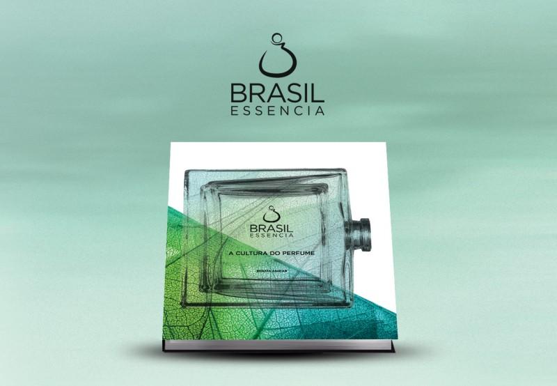 Renata Aschar lança nova edição do livro Brasil Essencia, em São Paulo