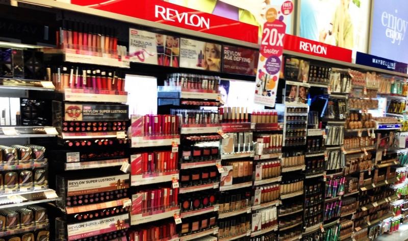 Revlon assina acordo para comprar Elizabeth Arden por cerca de US$ 870 milhões