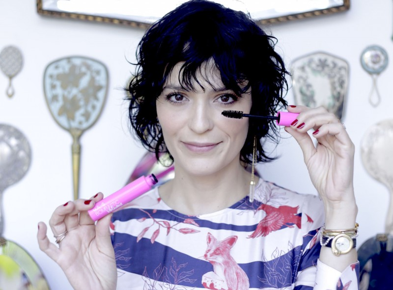 Vult recruta maquiadora Vanessa Rozan como embaixadora da marca